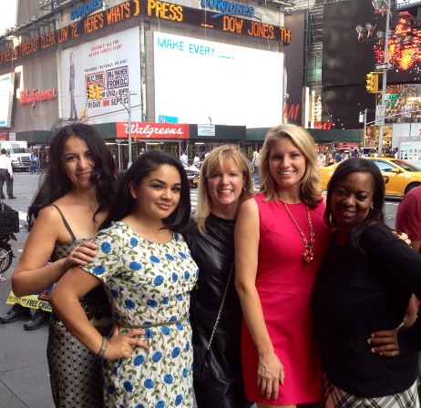 """Mommy Movement Challenge"" winners celebrate their success with Lindora CEO Cynthia Stamper Graff in New York City. (L to R: Nina Davalos, Ryan Cash, Cynthia Stamper Graff, Ashley Myers and Vanessa Herron.)"